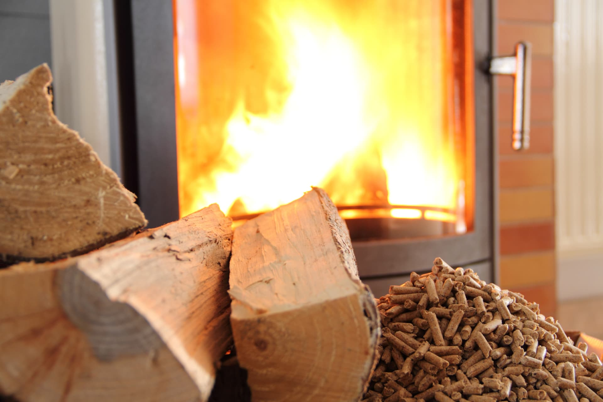 Kaminholz Breuer | Perfekte Brennholz | Heizwerte