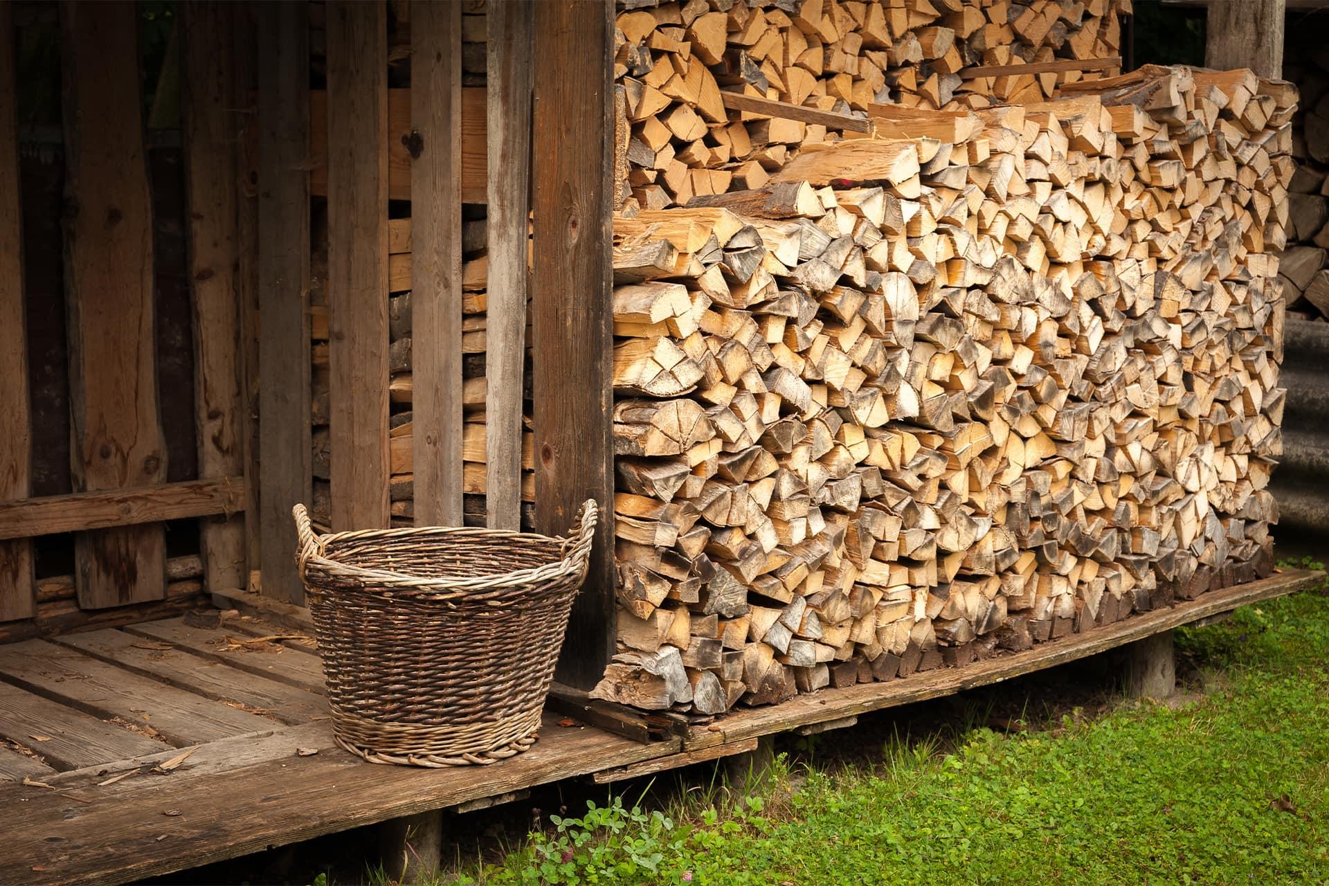 Kaminholz Breuer | Brennholz | Lagerung